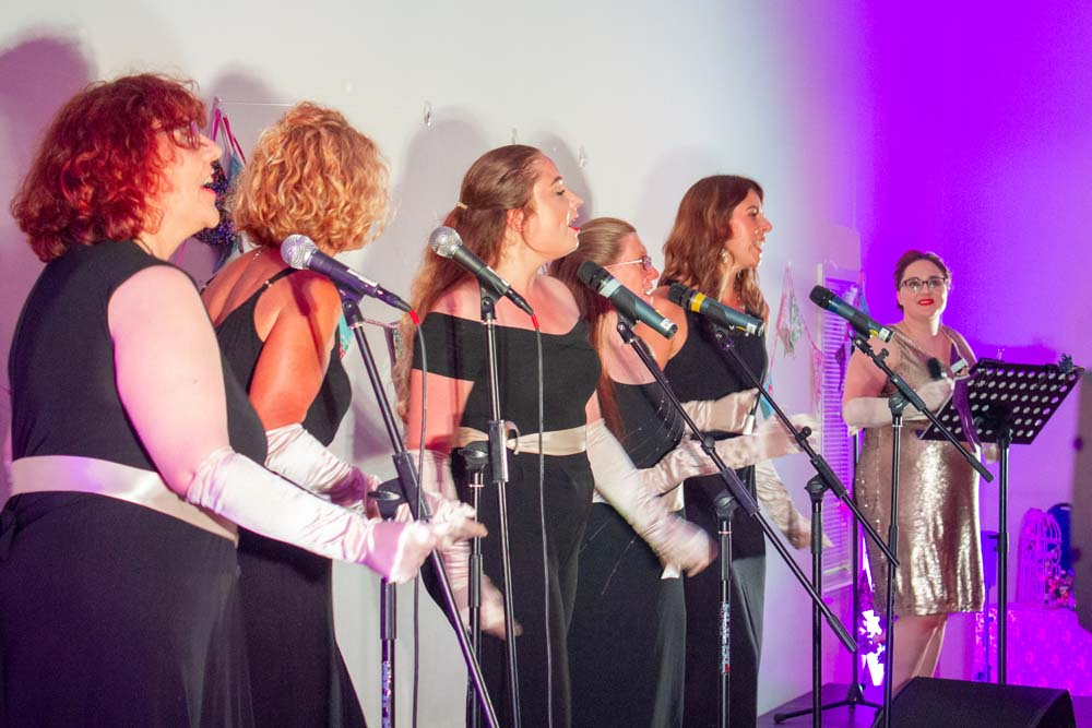 Unity Choir, led by The Singing Elf, Summer Gala, The Hetton Centre, July 2018